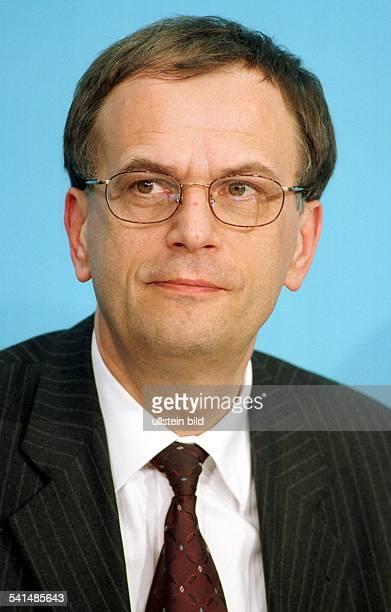 Politiker, SPD, DMinisterpräsident von Sachsen-AnhaltPorträt