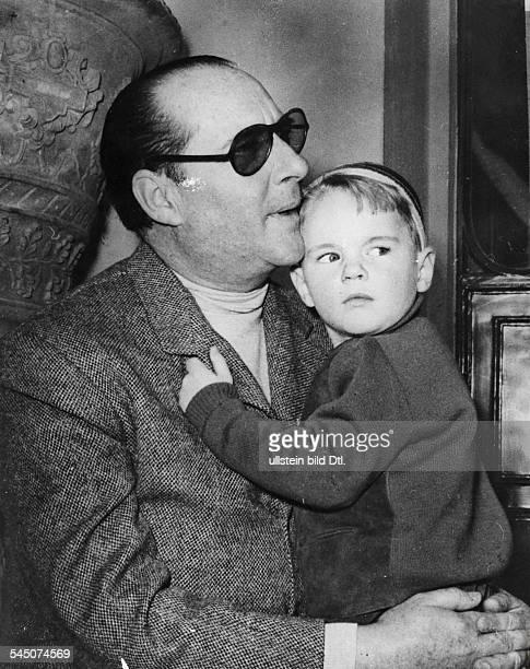 Filmregisseur, Italien- mit seinem Sohn Robertino- März 1953