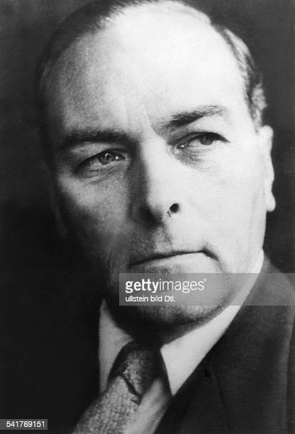 *Politiker D / DDR194952 Minister für Handel und Versorgung1952 aller Ämter enthoben aufgrund des Vorwurfs der `Sabotage der Versorgung` 1954 zu 10...
