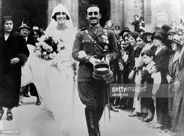 *04121892PolitikerOffizierSpanienHochzeit mit Carmen Polo y Martines Valdes1923