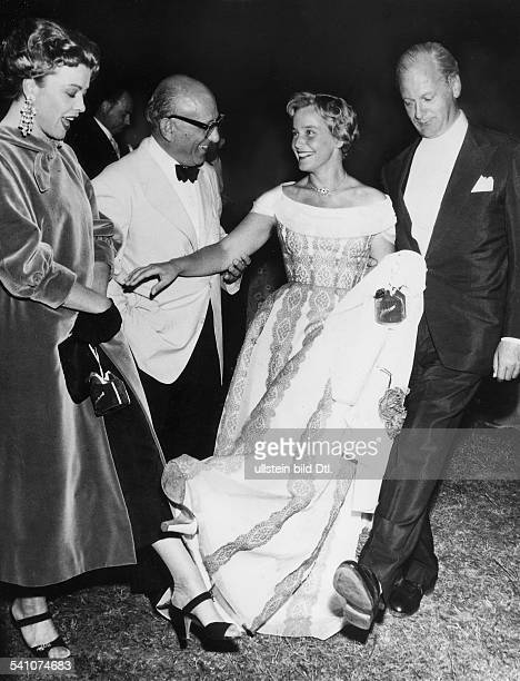 *2005Schauspielerin Schweizvlnr Heidemarie Hatheyer Robert Siodmak MS und Curd Jürgens anlässlich der Premiere des Films 'Die Ratten' 1957