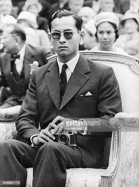 Seit1946 als Rama IX. König von ThailandPorträt- vermutl. 1960er Jahre