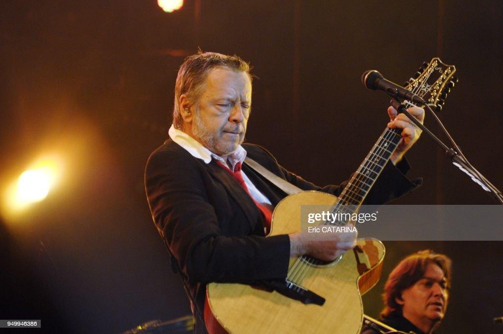 23rd Francofolies de La Rochelle.Concert of French singer Renaud : News Photo