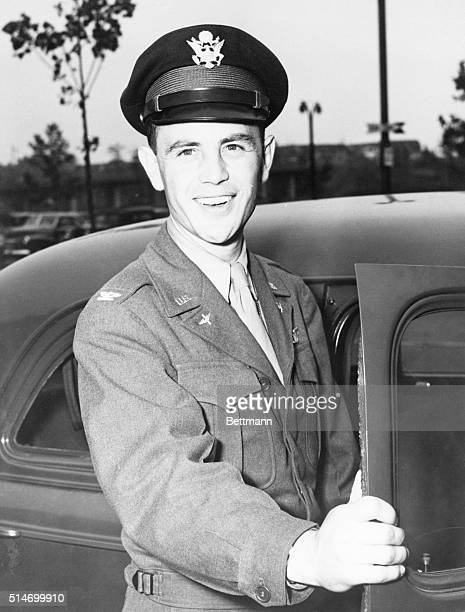LaGuardia Field NY AIR ACE RETURNS FROM EUROPE Col Hubert C Zemke leaves Laguardia Airport by Army car after arriving at the base on an air transport...