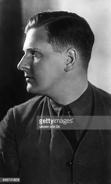 Politiker, NSDAP, DReichsjugendführerPorträt im Profil- 1930er Jahre