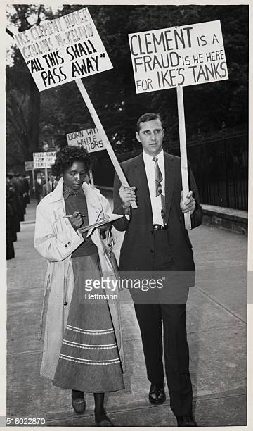 """Washington, D.C.- Segregationist John Kasper, picketing the White House today in protest against """"Police state rule of Arkansas by General..."""