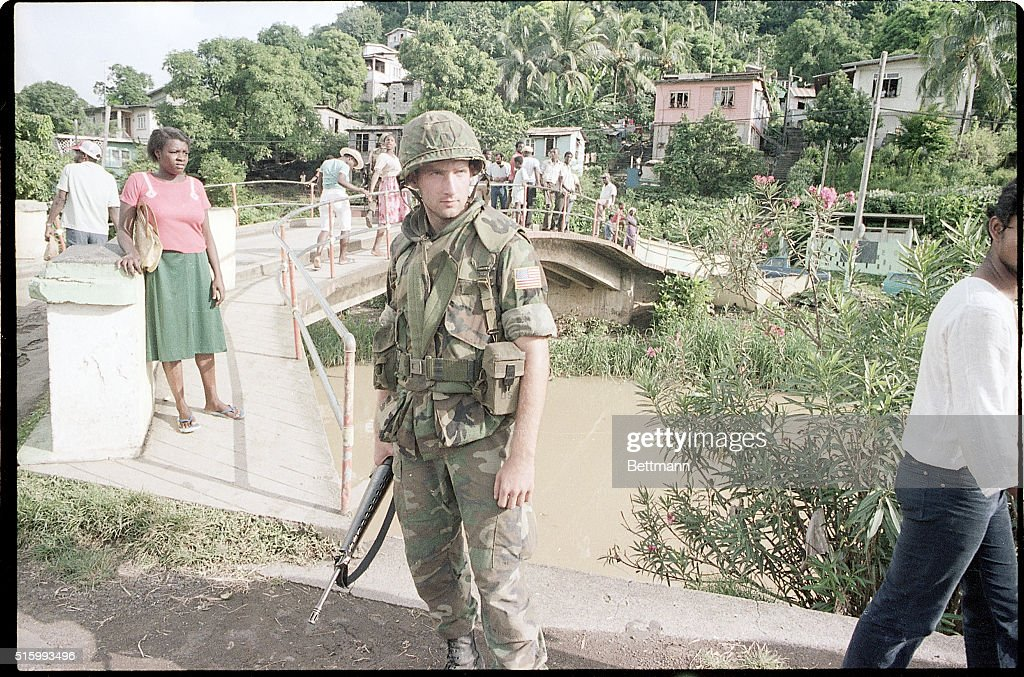 Soldier Stands Near Residential Area : News Photo