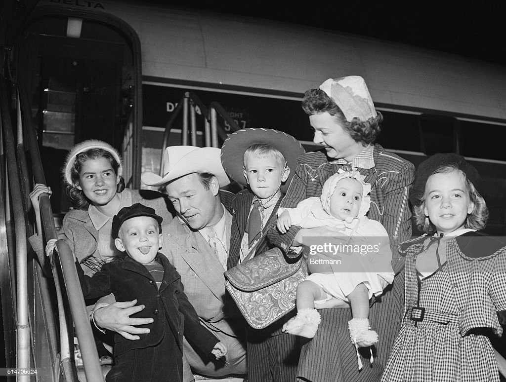 Roy Rogers, Dale Evans, and Their Five Kids : ニュース写真