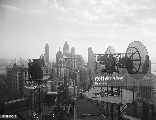 New York New York The latest magic developed in the war was revealed publicly today by Bell Telephone Laboratories This device transmits by radar...