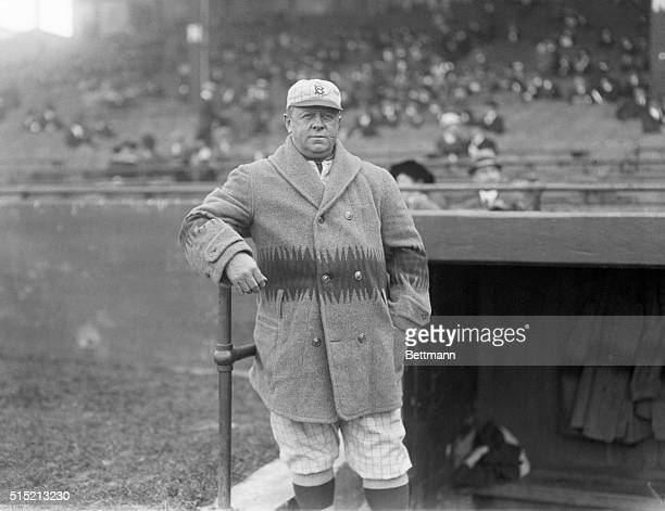 10/7/1916Boston MA First game of the World's Series held at Boston MA Oct 7 1916 between Brooklyn Nationals and Boston 'Red Sox' Photo shows Wilbert...