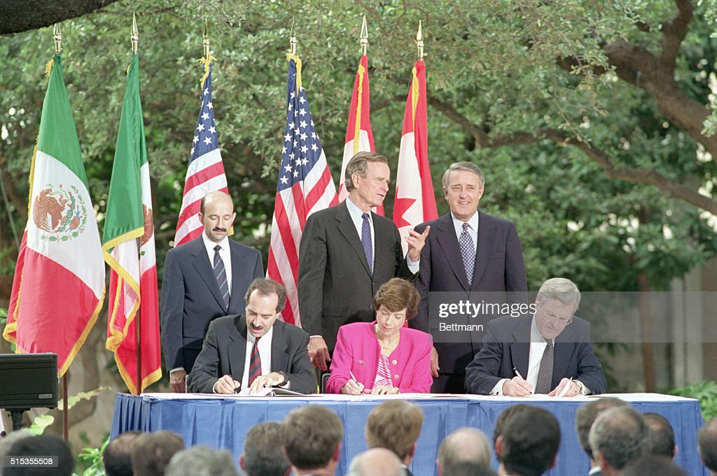 Nafta signing pictures getty images san antonio tx the north american free trade agreement was initialed in san antonio platinumwayz