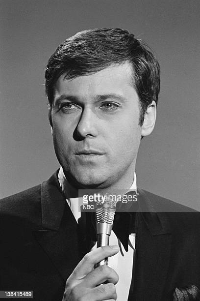 10th ANNUAL GRAMMY AWARDS BEST ON RECORD Airdate 5/8/68 Pictured Singer Jack Jones