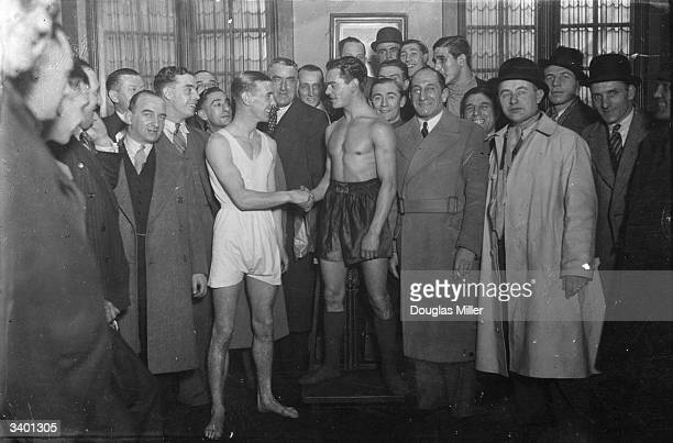 British boxers Dave Crowley and Nel Tarleton at the weighin at Princes Restaurant Piccadilly London before their British featherweight title fight