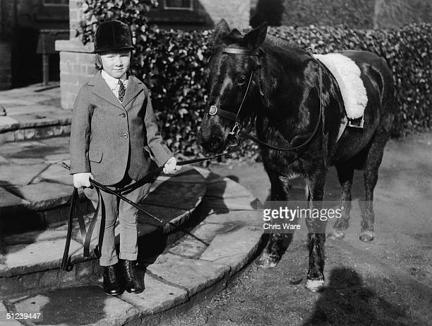 10th February 1931 Fiveyearold Jane Elizabeth Whitelaw of Court Hill near Wantage with her pony Sparkles She is the heiress to a vast fortune left by...