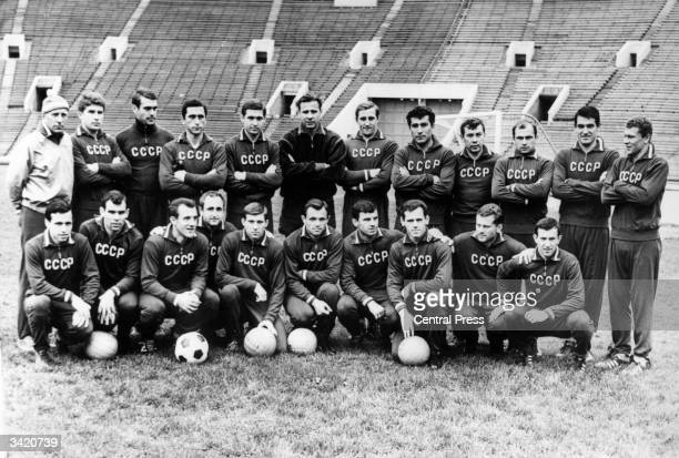 The Russian squad ahead of their World Cup matches in England in 1966 Left to right senior coach Nicholai Morozov Edward Malafeev Juan Usatorre Anzor...