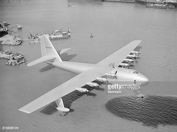 11/1/1947San Pedro CA Howard Hughes' 200ton plywood flying boat lies at anchor in Los Angeles Harbor after it was eased from the drydock in which it...