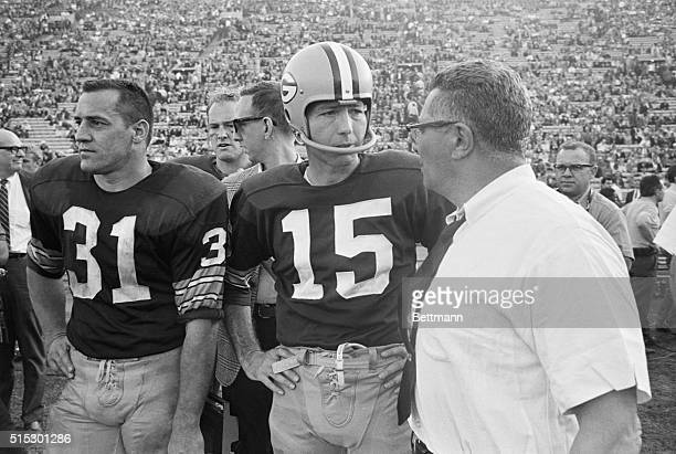 1/1/1967Los Angeles CaliforniaGreen Bay's Vince Lombardi shown with Jim Taylor and Bart Starr on the sidelines during the Super Bowl game against the...