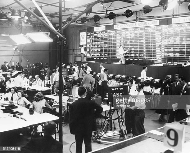 11/2/1948New York New York Radiotelevision newsroom of the American Broadcoasting Company on election night 1948