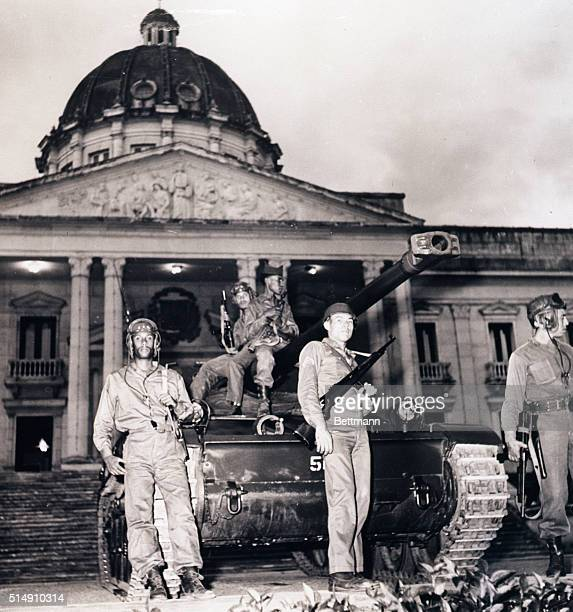 Santo Domingo Dominican RepublicA tank stands guard outside the Government Palace where President Joaquin Balaguer is delivering a speech Belaguer...
