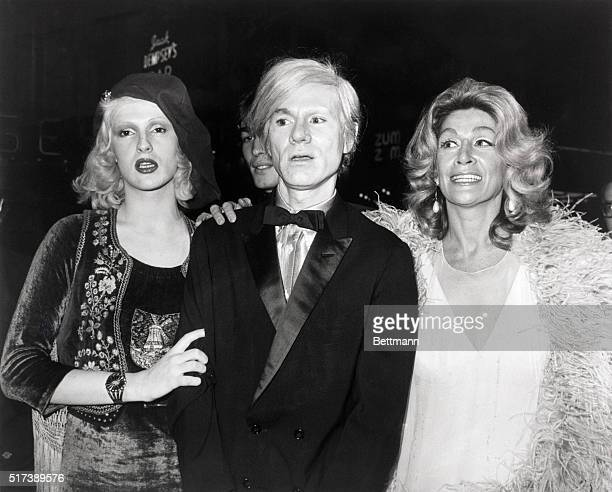 11/3/1971New York New YorkUnderground filmmakers surface for 'Fiddler on the Roof' premier in New York City at the Rivoli Theater LR Candy Darling...
