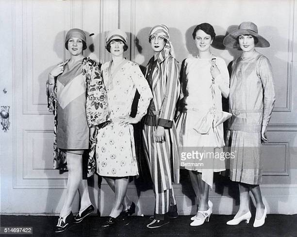 1/18/1927New York NY A traveling style show of the National Association of Cotton Manufacturers at the Waldorf Astoria today was demonstrating the...