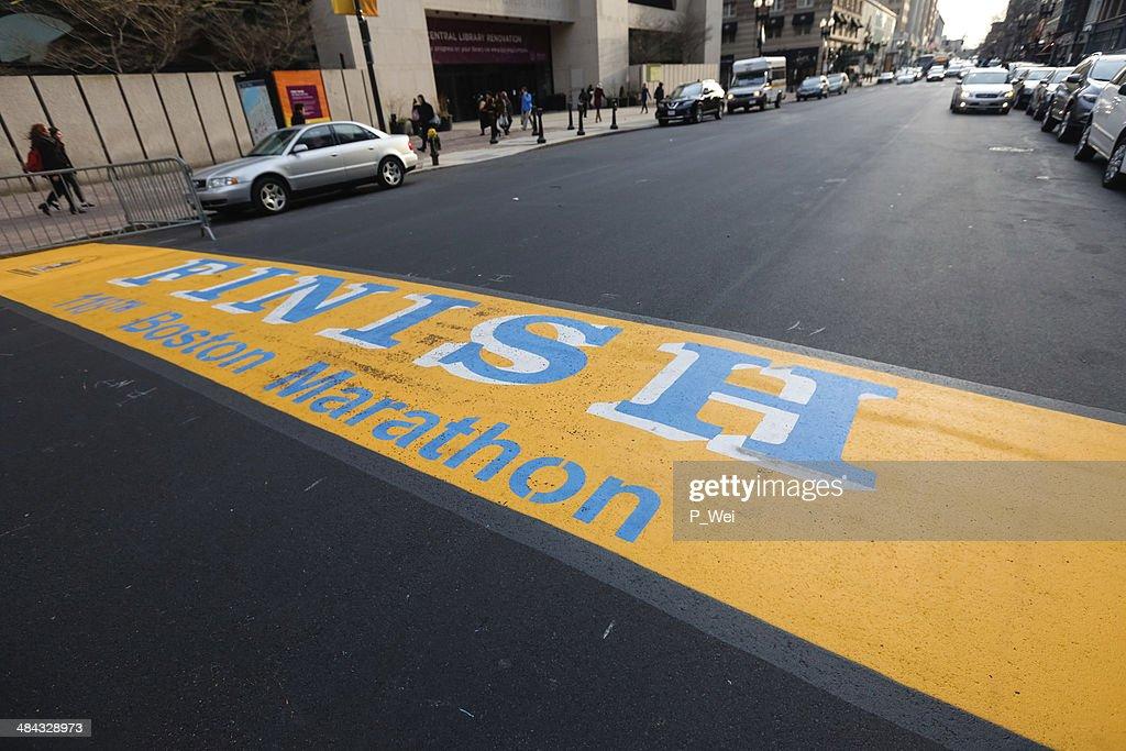 118 th maratón de Boston Finish Line : Foto de stock