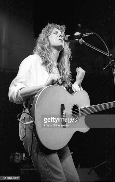 11th APRIL: American singer and guitarist Marti Jones performs live on stage at the Paradiso in Amsterdam, Netherlands on 11th April 1987.
