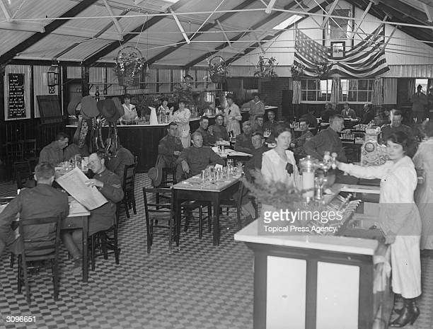 Troops in the dining hall at the American headquarters of the Army and Navy YMCA
