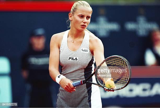 Sportlerin Tennis AustralienEurocard German Open Berlin beim Aufschlag