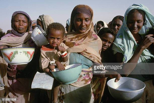 12/1984El Obeid Sudan Scenes of the feeding program in famine plagued Western Sudan Photo was taken during Edward Kennedy's trip to Africa to view...
