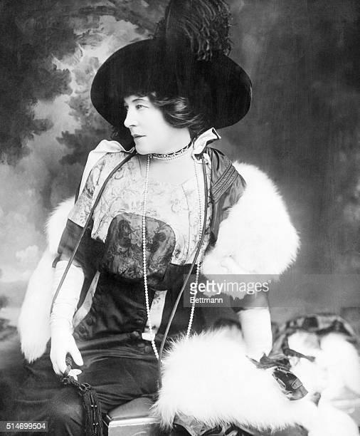 1/29/1927Lily Langtry now Lady De Bathe