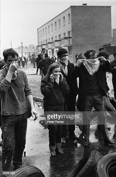 Independent Unity MP for MidUlster and youngest MP in Britain Bernadette Devlin amongst the crowds rioting in the Bogside area of Derry on the first...
