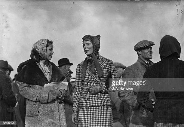 Spectators at Oxford University Bullingdon Club and Oxford University training corps pointtopoint steeplechases at Somerton Oxfordshire