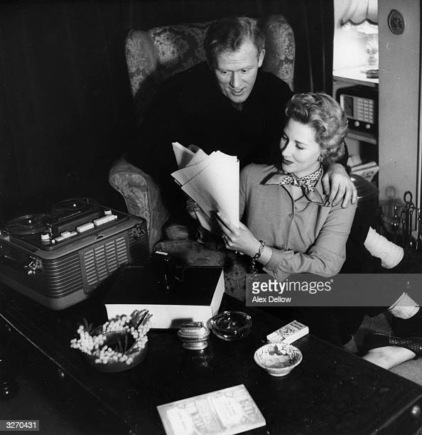 Scottish film actress Rona Anderson born in Edinburgh with husband and fellow actor Gordon Jackson at their flat in London Gordon Jackson born in...