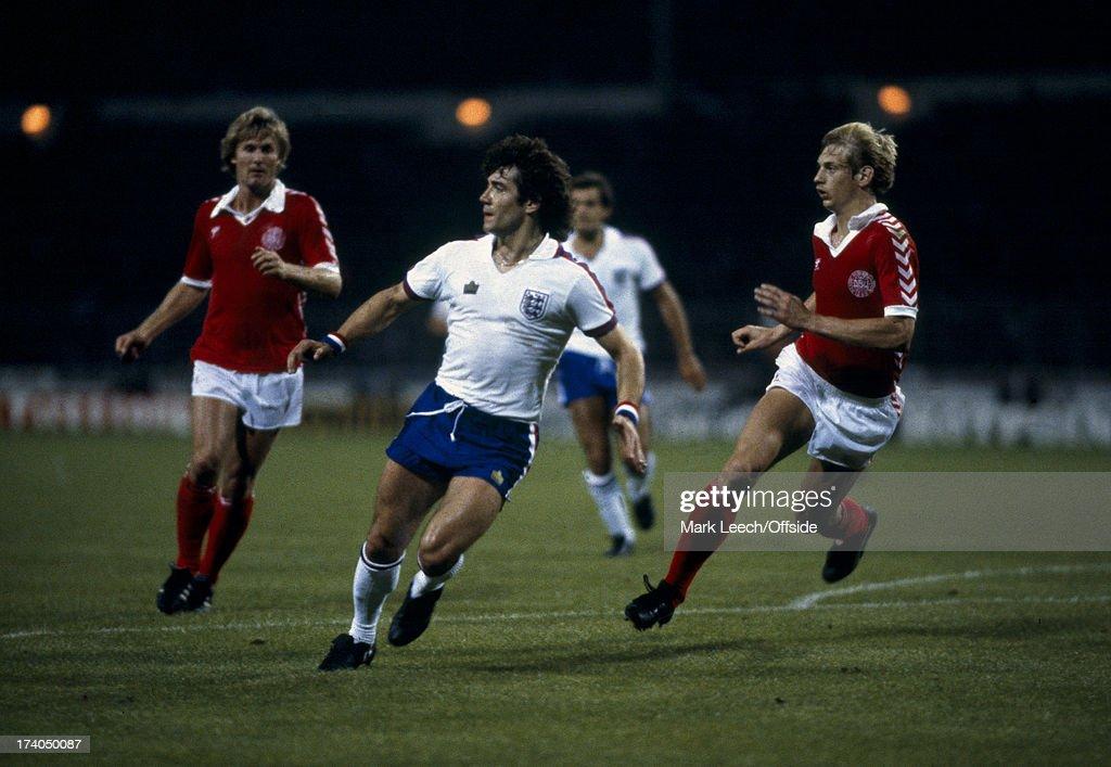 Football: England v Denmark : News Photo