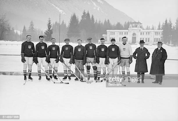 1/30/1924Chamonix France US Olympic hockey team poses before practice L to r Lyons McCarthy Synnott Drury Langley Small Rice La Croix Abel Haddock...