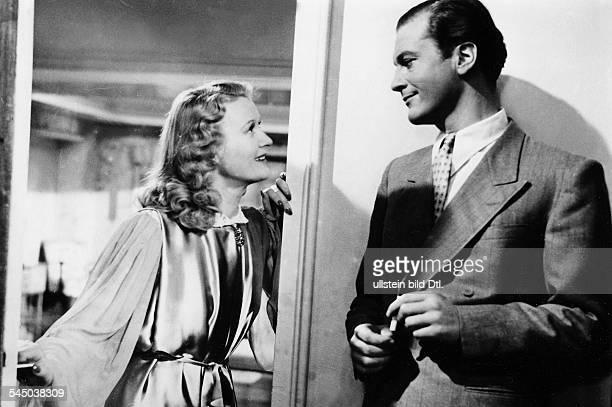 Schauspieler, Dmit Marte Harell im Film 'Frauen sind keine Engel'Regie: Geza von Cziffra- 1943