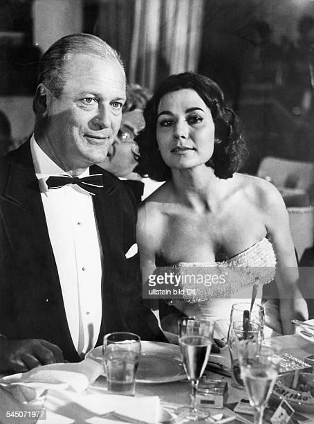 Schauspieler, Dmit seiner Ehefrau Simone Bicheron- 1962