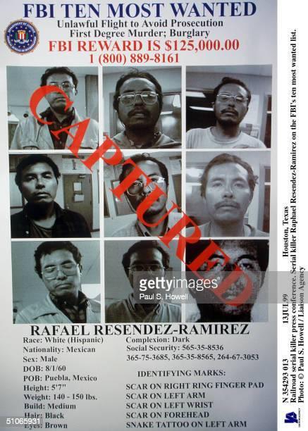N 354293 013 13Jul99 Houston Texas Railroad Serial Killer Press Conference Serial Killer Raphael ResendezRamirez On The Fbi's Ten Most Wanted List