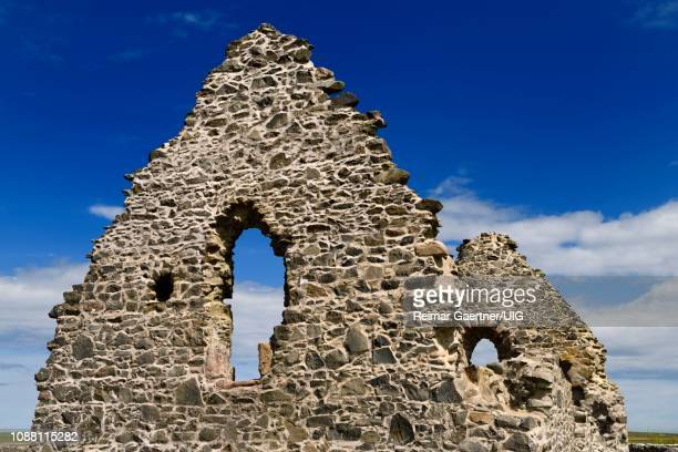 13th century st mary chapel ruins of fieldstone at old rattray aberdeenshire scotland uk with blue sky - rattray head stock pictures, royalty-free photos & images