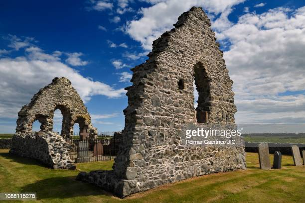 13th century st mary chapel ruins of fieldstone with cemetery gravestones at old rattray aberdeenshire scotland uk - rattray head stock pictures, royalty-free photos & images