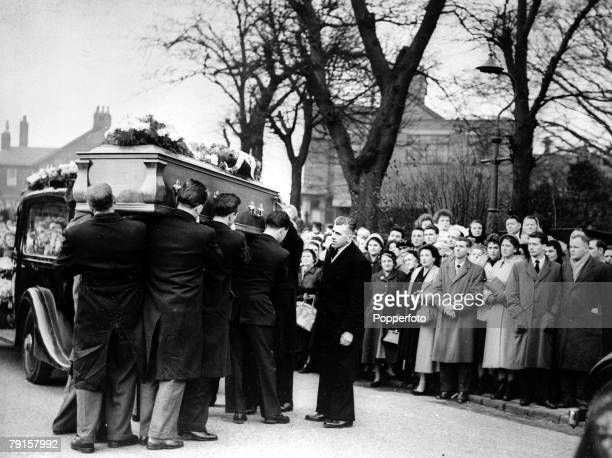 The funeral of Manchester United and England centre forward Tommy Taylor at Barnsley Yorkshire He was one of 23 people killed in the Munich air crash...