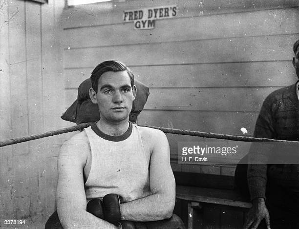 David Wilde son of Welsh former world flyweight boxing champion Jimmy Wilde in training at Fred Dyer's gymnasium in Chancery Lane London