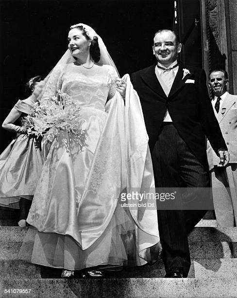 Politiker, Senator, USAVorsitzender des Ausschusses fürantiamerikaninsche Umtriebe.mit Ehefrau Jean nach der Hochzeit- 1953