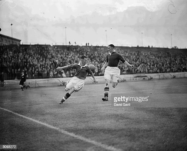 Smith and Spence race for the ball during a Chelsea trial match