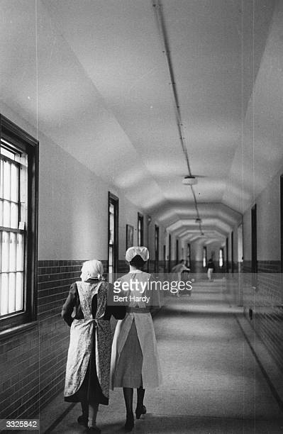 Netherne Mental Hospital near Coulsdon Surrey Original Publication Picture Post 6406 Mental Hospital pub 1953