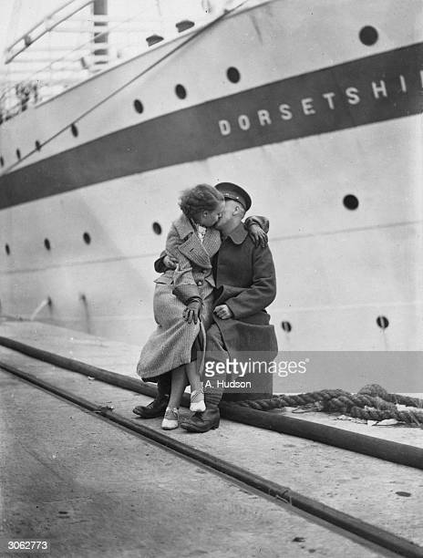 A member of the 1st Battalion of the Manchester Regiment during a quayside reunion at Southampton before the unit moves onto Egypt