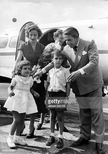 *Reeder GRmit Frau Tina Tochter Christina undSohn Alexander 1954