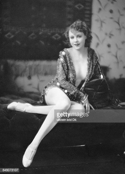 *Schauspielerin D um 1926Foto Atelier Badekow