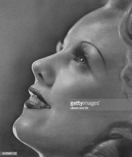 *Schauspielerin DProfil Ausschnitt 1937
